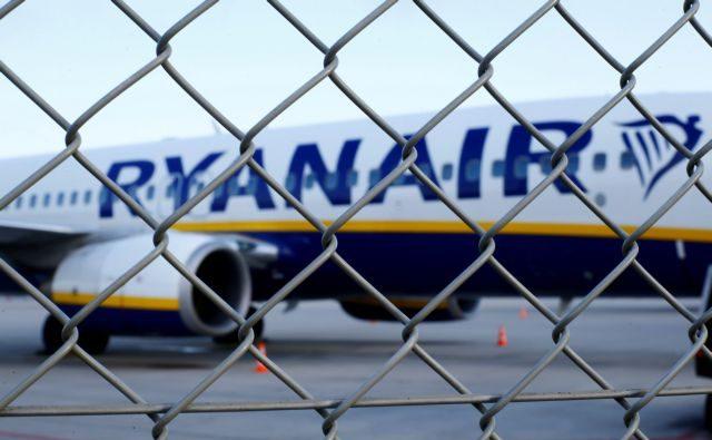Ryanair: Προειδοποιεί για περικοπές θέσεων εργασίας