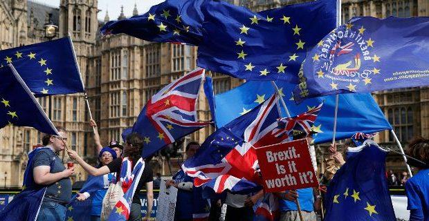 Τουλάχιστον 40 βουλευτές της Μέι θα καταψηφίσουν το σχέδιο για το Brexit